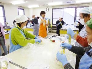 鈴鹿市ふれあいセンター「たのしいキムチ教室」を開催しました!