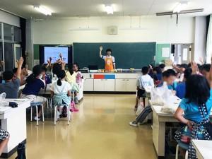 新蟹江小学校にて「たのしいぬか漬け教室」を実施しました。