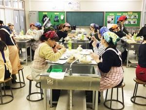 有松小学校にて「たのしいぬか漬教室」を実施しました。