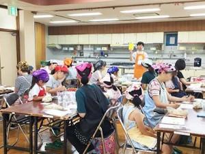 旭ヶ丘公民館にて「たのしいぬか漬け教室」を実施しました。